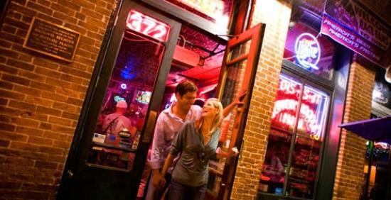 Slippery Noodle Inn: Front Door