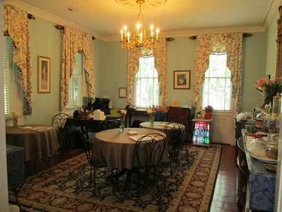 Barksdale House Inn: Delicious breakfasts!