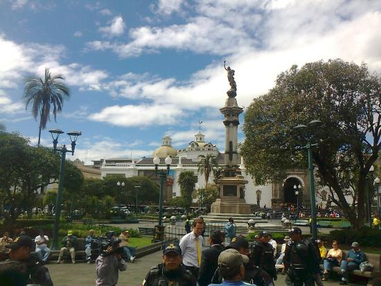 Hotel Catedral Internacional : plaza principal