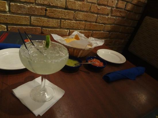 Salsa A La Salsa: Margarita e chips
