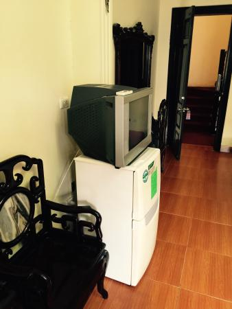 Hanoi Marriotte Hotel No Flat Screen Tv With Cable Kitchen Noisy Location
