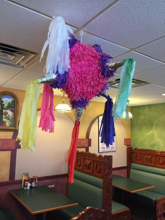 Mango's Mexican & American Grill: Charming decor