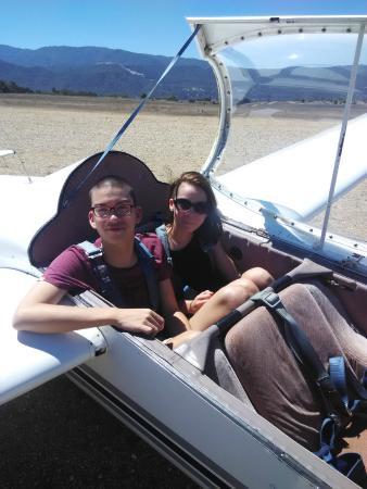Santa Barbara Soaring: 3 seater glider