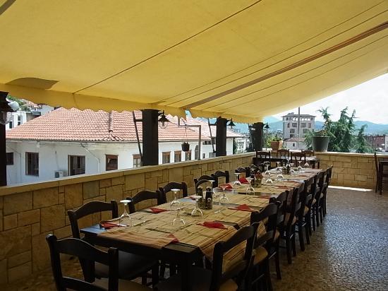 Hotel Mangalemi: レストラン
