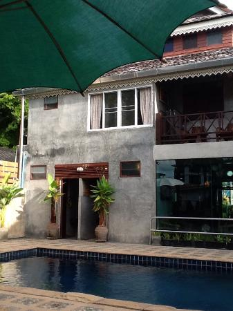 Buri Gallery House: photo5.jpg