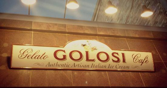 Golosi Gelato Cafe: Golosi - on the north side of the street - almost next to the Town Hall