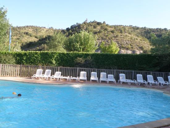 La piscine photo de camping saint amand laurac en for Piscine saint amand