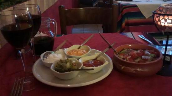 Casa Mexicana: Food is on its way!