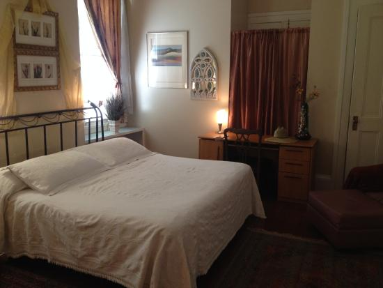 Bed & Breakfast at the Point: The LaVergne Suite