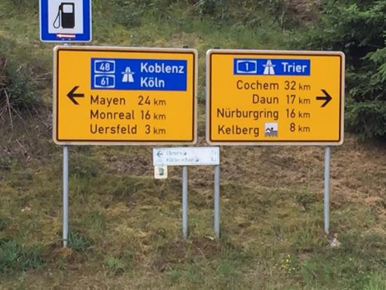 Gunderath, Duitsland: Local directions