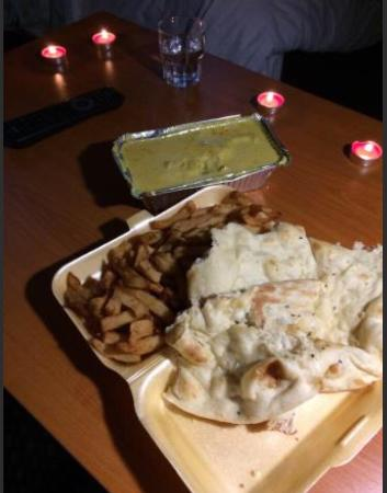 Gate of India: Chicken Korma, Chips and Naan