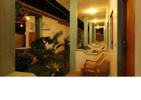 Panama Village Resort, Arugambay : View