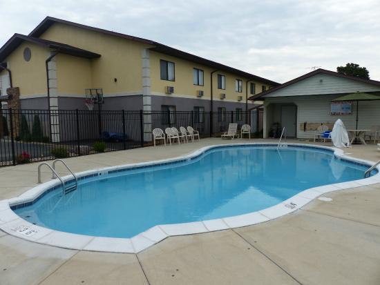 Swimming Pool Picture Of Best Western U S Inn Nashville Tripadvisor