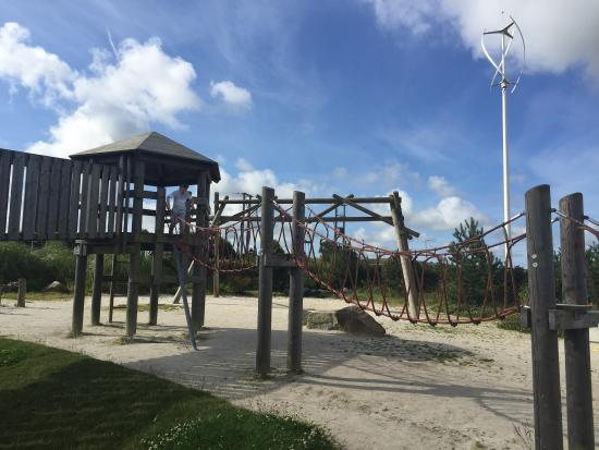 Heartlands: Play park