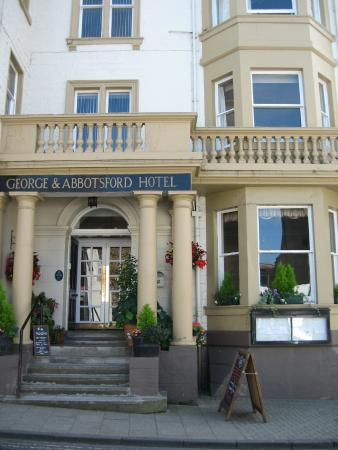 The George & Abbotsford Hotel
