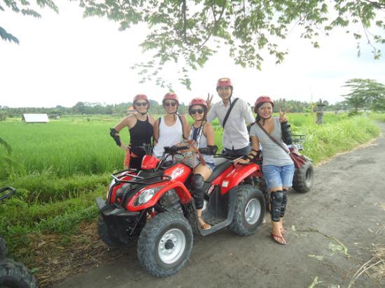 Bintang Balindo - Day Tours