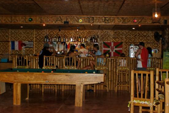 Villa Belza: Le coin bar-billard