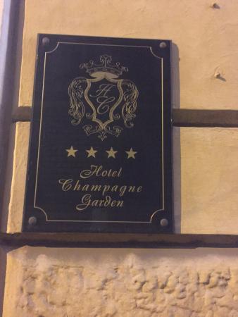 Champagne Garden Hotel: photo0.jpg