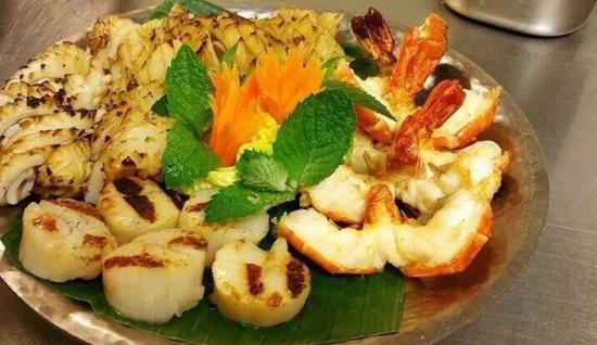 Siam Food Gallery: Yummy mixed grilled seafood