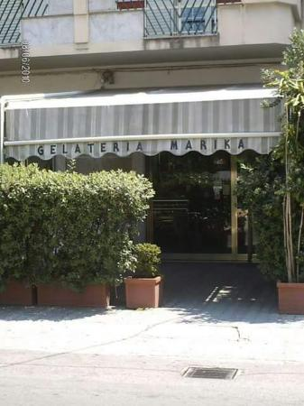 Bar Marika