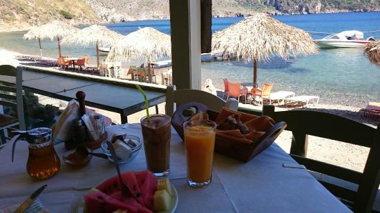 Porto Kayio, Hellas: Breakfast