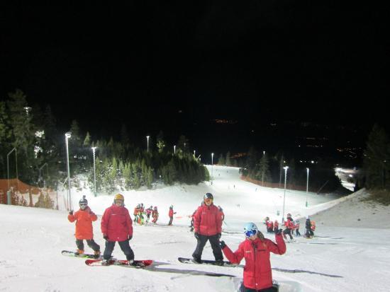 Estación de esquí La Masella: Esquí y snowboard nocturno.. INCREIBLE!!!
