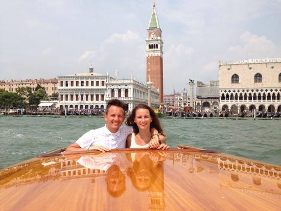Consorzio Motoscafi (Water Taxi) - Excursions: Service irréprochable, tant par l'opératrice Celeste, que par Alberto le pilote du bateau! Tres