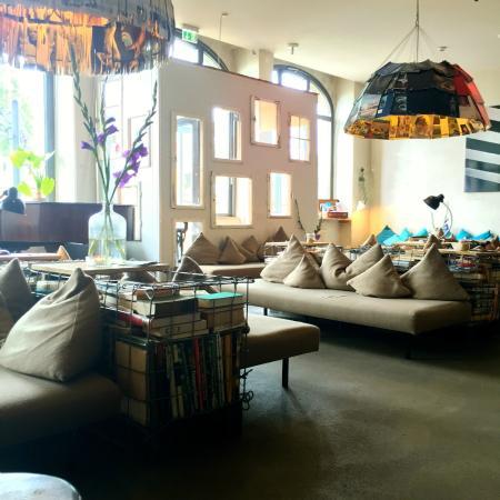 lobby picture of michelberger hotel berlin tripadvisor. Black Bedroom Furniture Sets. Home Design Ideas