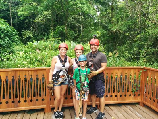 Sky Zipline Canopy Tour at Red Frog Beach : Ziplining family :)