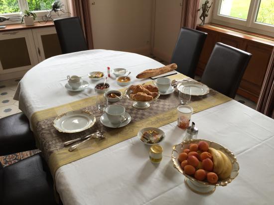 Saint-Branchs, ฝรั่งเศส: breakfast room