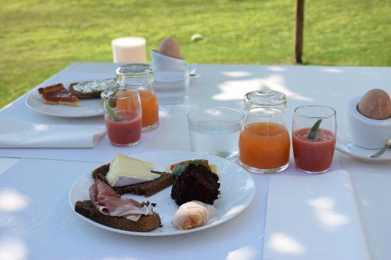 B&B Panorama Cinque: Heerlijk ontbijt in de tuin
