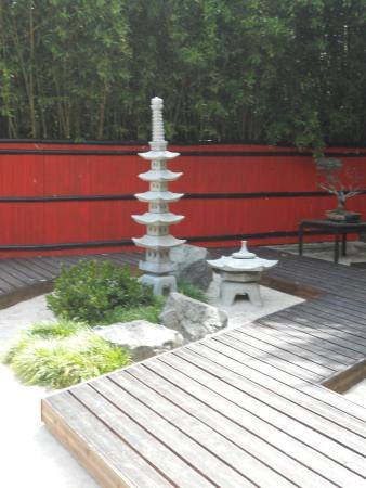 la fontaine du jardin japonais - Photo de Planet Exotica ...