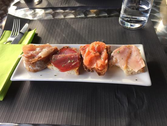 Club Náutico: Restaurante El Nautico, nice view...