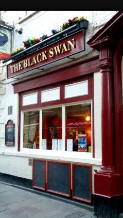 the black swan whitby