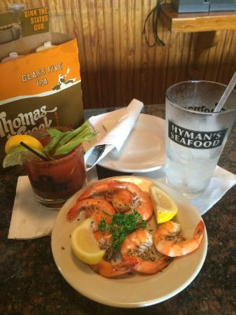 Happy hour picture of hyman 39 s seafood charleston for Fresh fish company happy hour