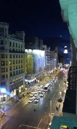 Hostal Pereda Hs: Вид из окна на Gran Via