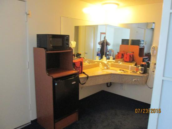 "Newport Channel Inn: ""Kitchen amenities"" and vanity area"