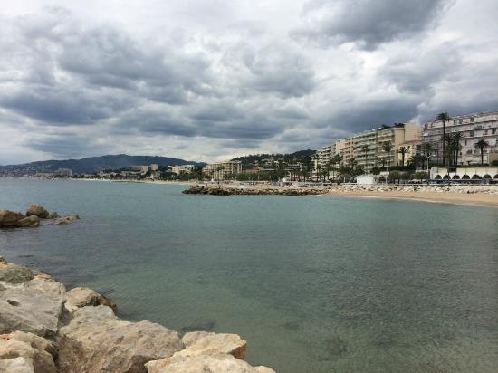 Hotel Athenee Cannes: Набережная