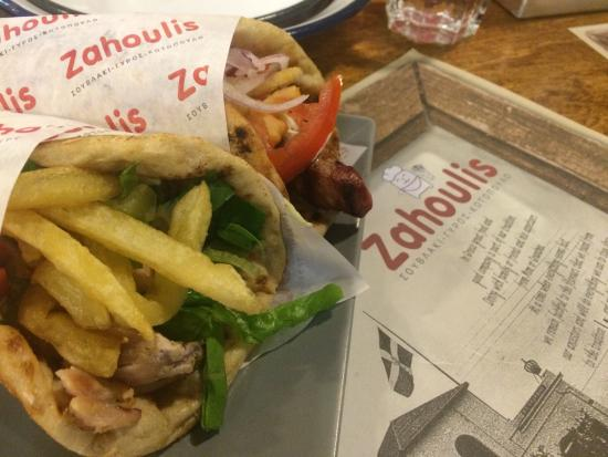 Zahoulis : Great authentic greek food!