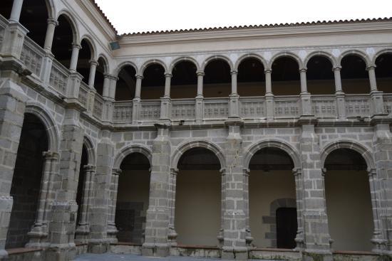 Calera de Leon, Spain: Claustro