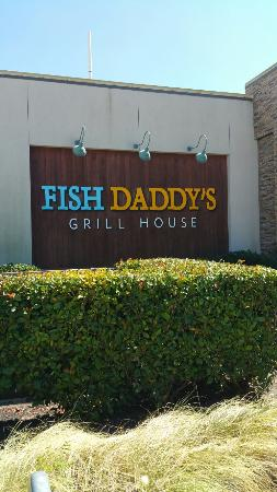 Fish daddy 39 s seafood grill picture of fd s grillhouse for Fish daddy s