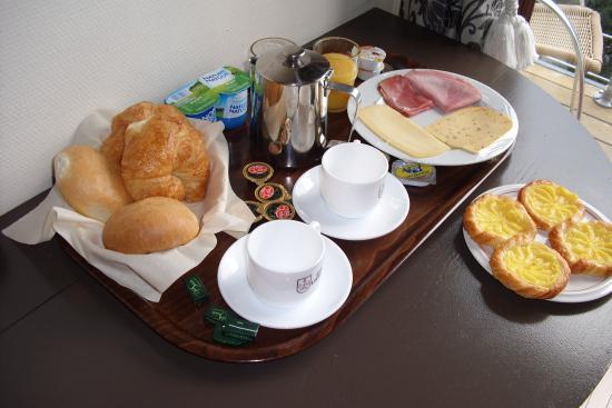 Le Corumont: Petit- déjeuner