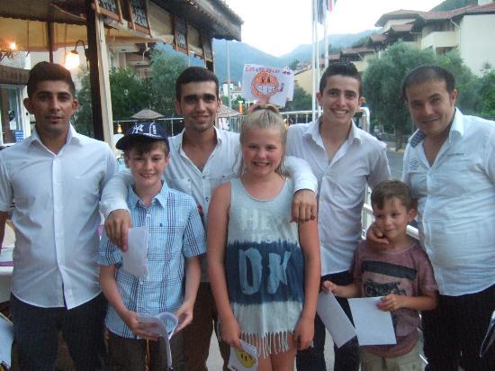 Prestij Apartments: Amazing Staff saying goodbye to the kids