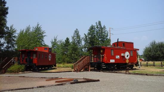 South Cle Elum, WA: The GN Caboose