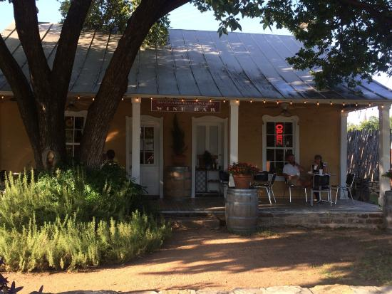Mason, TX: Sandstone Cellars Winery