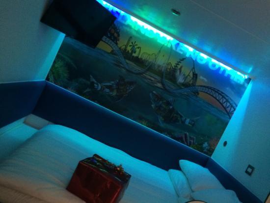 Thorpe Shark Hotel Photo0 Jpg