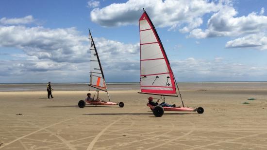 Greatstone, UK: Fishy's Land Yachting Experience