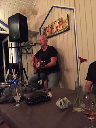 Den Blaa Café : Music night with Ray Weaver