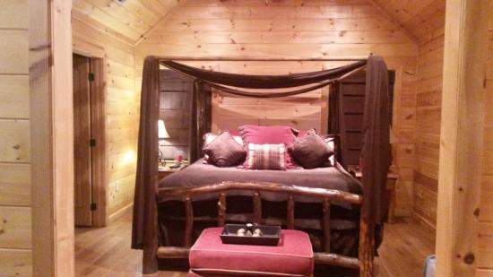 Bedroom Picture Of Mountain Top Cabin Rentals Blue