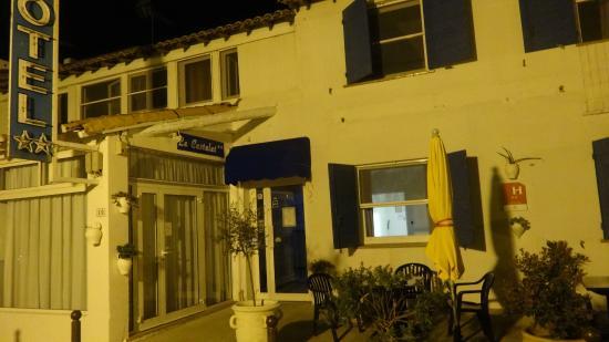 Hotel Le Castelet : Entrée de l'hotel
